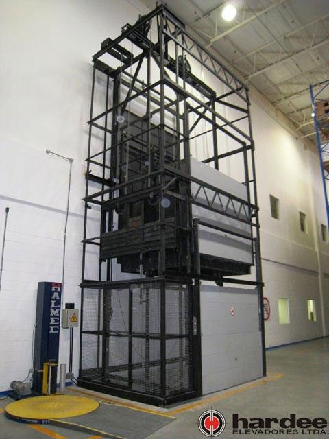 Elevador de carga industrial preço