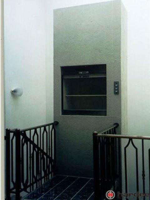 Elevador monta carga residencial