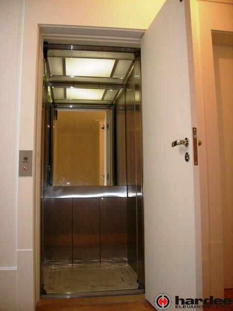 Venda de elevador residencial