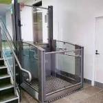 Elevador plataforma para deficientes